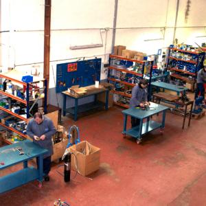 vista general del taller 300x300 - Nuestras instalaciones