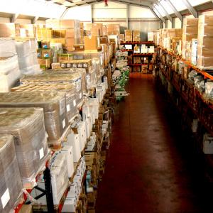 zona A de almacenaje 300x300 - Nuestras instalaciones